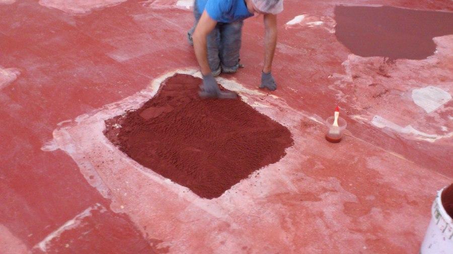 reparación agujero en hormigón con mortero de resina epoxi