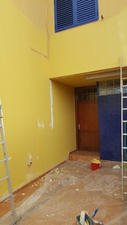 Reparación de grietas en muros y paredes entrada de dúplex