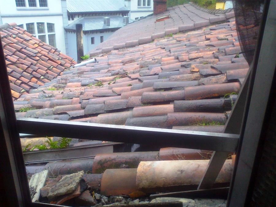 La nueva ideas tejados for Reparacion de tejados de madera