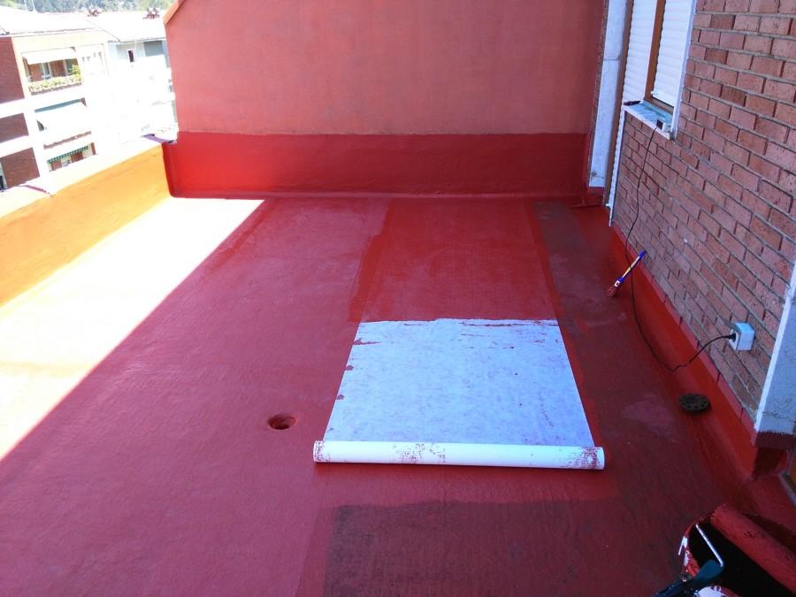 reparación terraza con caucho y fibra