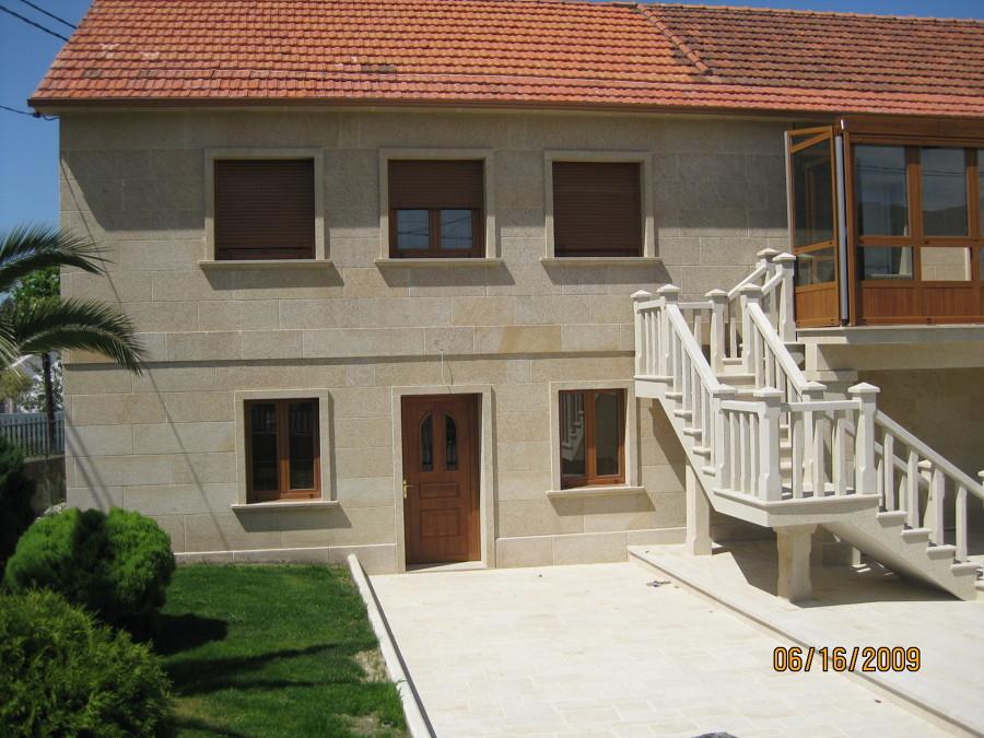 Revestimiento de fachadas ideas construcci n casas - Revestimientos de fachadas precios ...