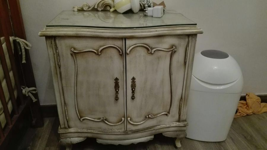 Restauraci n y decapado en muebles ideas pintores - Muebles decapados en blanco ...