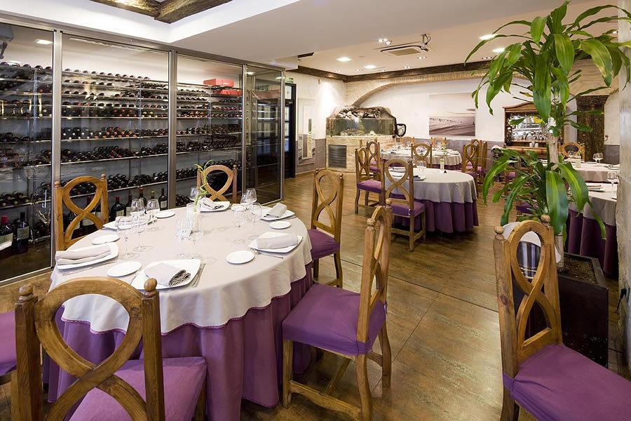 Foto restaurante don luis en madrid de galer a comercial for Muebles rey zamora