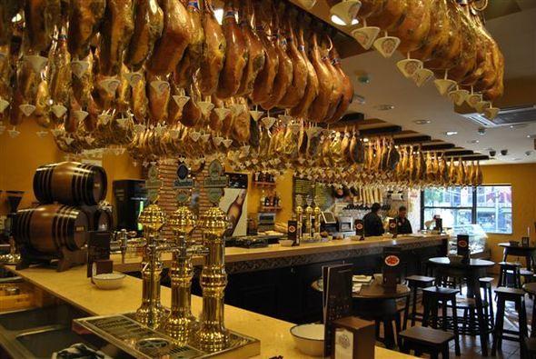 Foto restaurante la cueva de asesoramiento y proyectos for Restaurante la cueva zamora