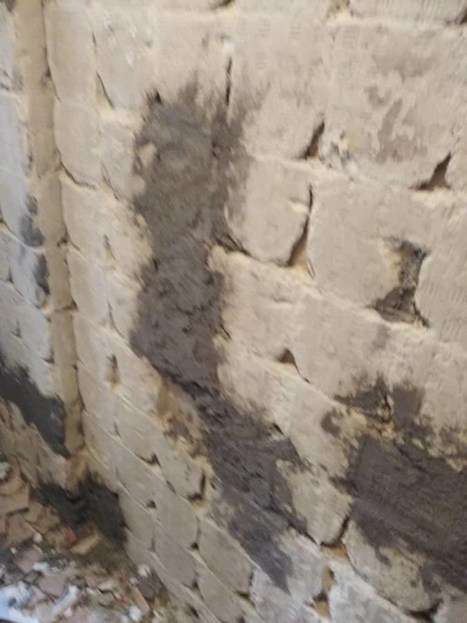 Retirada de alicatado en paredes