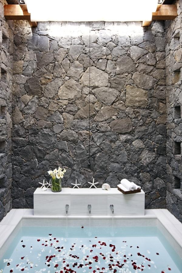 Revestimiento con piedra artificial Bassalto