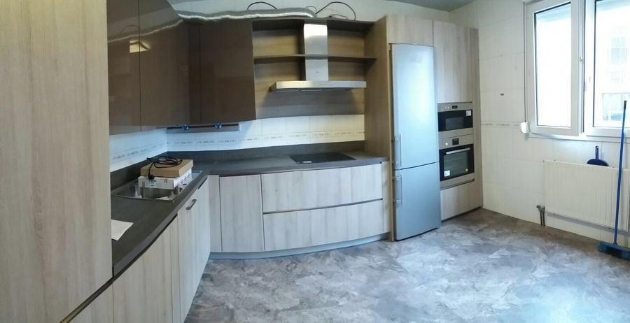 Foto revestimiento de cocina en loseta de vinilo de - Revestimiento de vinilo ...