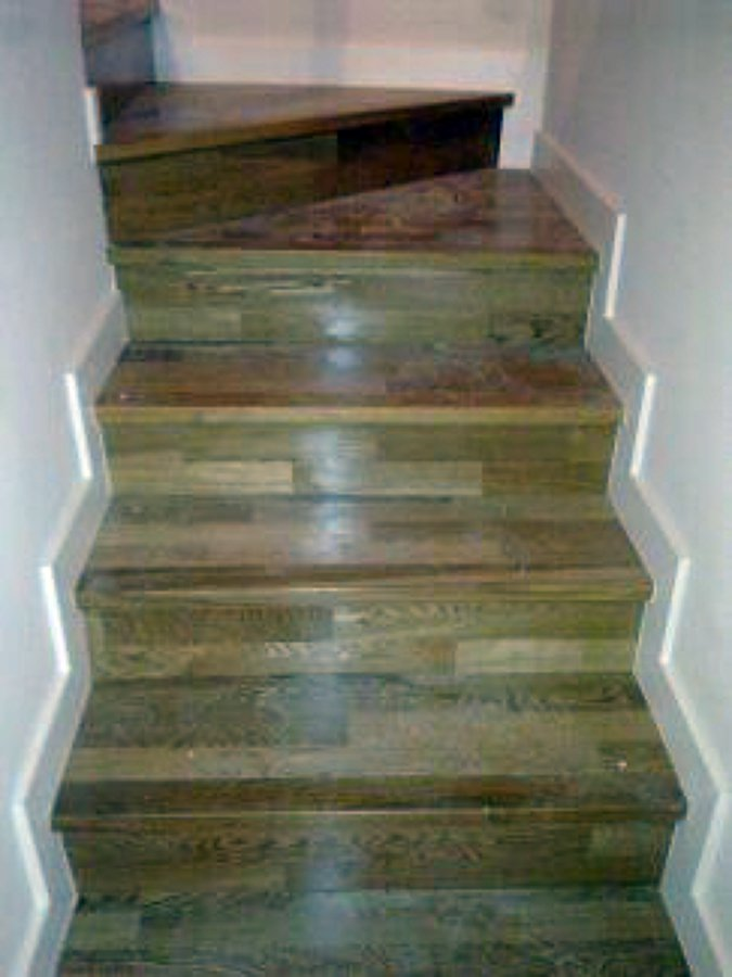 Foto revestimiento de escalera de parquecite sl 461745 - Revestimiento para escaleras ...