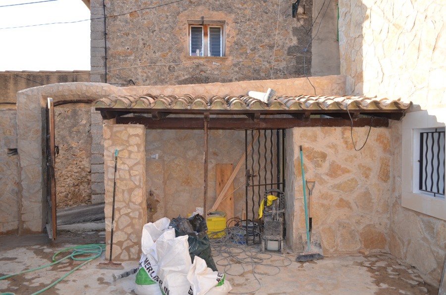 Foto revestimiento de fachada con piedra natural de balear de reformas y servicios 1127097 - Revestimiento de fachada ...