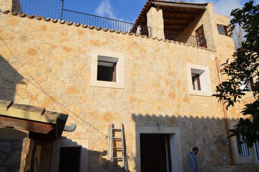 Foto revestimiento de fachada con piedra natural de - Fachada de piedra natural ...