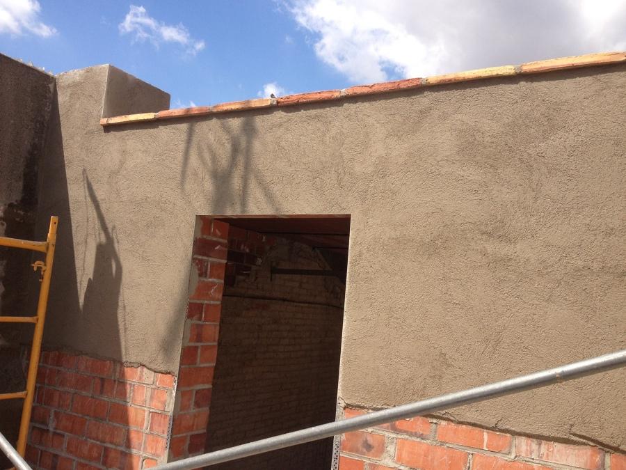 Revestimiento de fachada en marcha