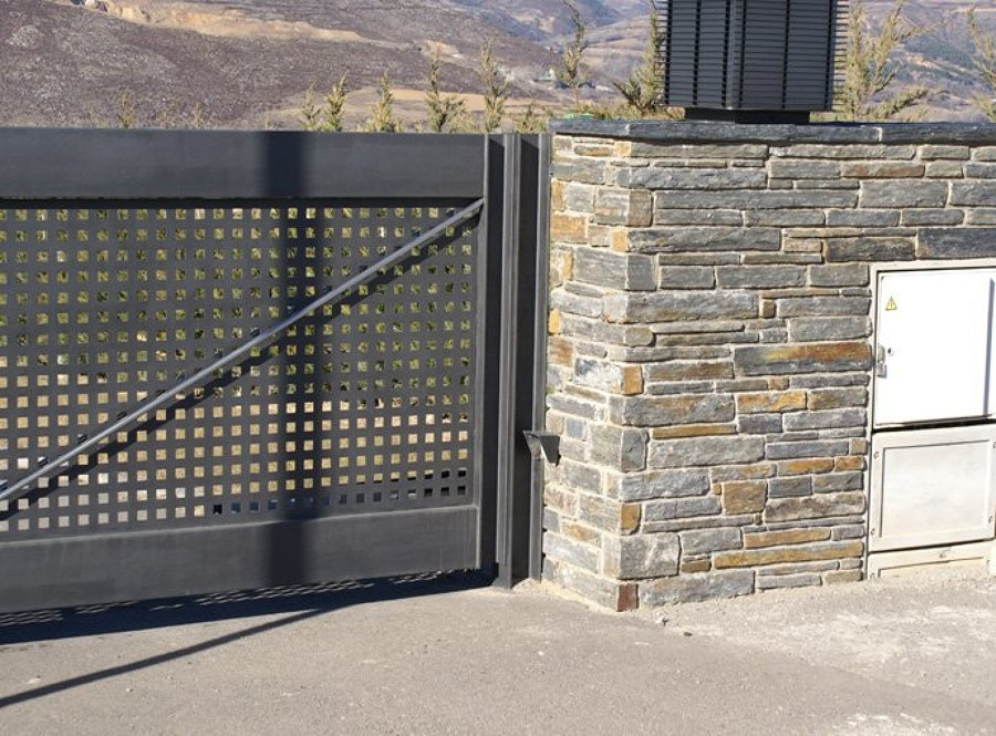 Piedras lajas para exterior revestimiento acrlico externo for Revestimientos para exteriores
