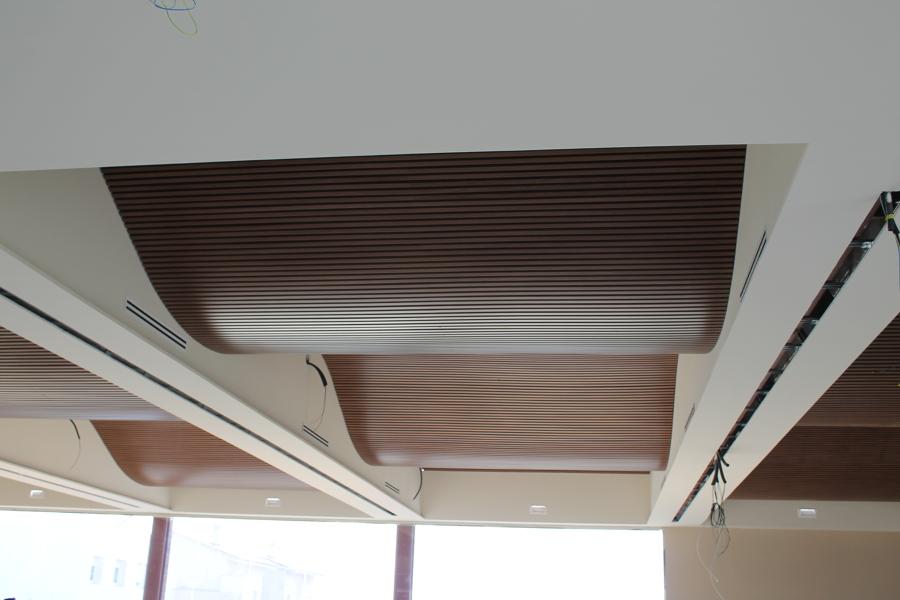 Foto revestimiento techo de arfreco 800045 habitissimo - Revestimientos para techos ...