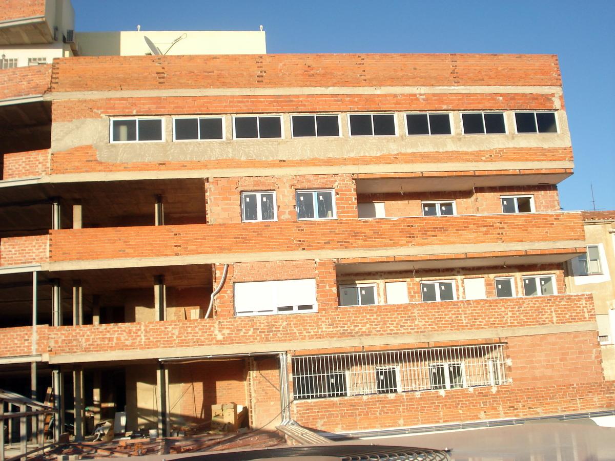 Revestimiento de fachada edificio en albacete ideas rehabilitaci n fachadas - Revestimiento de fachada ...