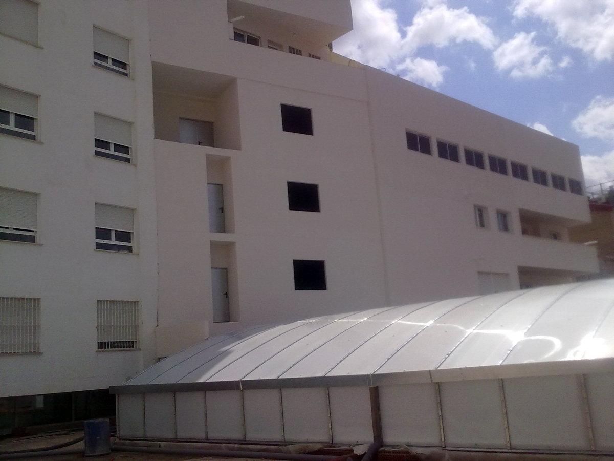 Revestimiento de fachada edificio en albacete ideas rehabilitaci n fachadas - Revestimiento fachadas exteriores ...