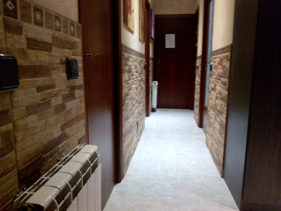 Alicatar pasillo y dormitorio ideas reformas ba os - Como alicatar un bano ...