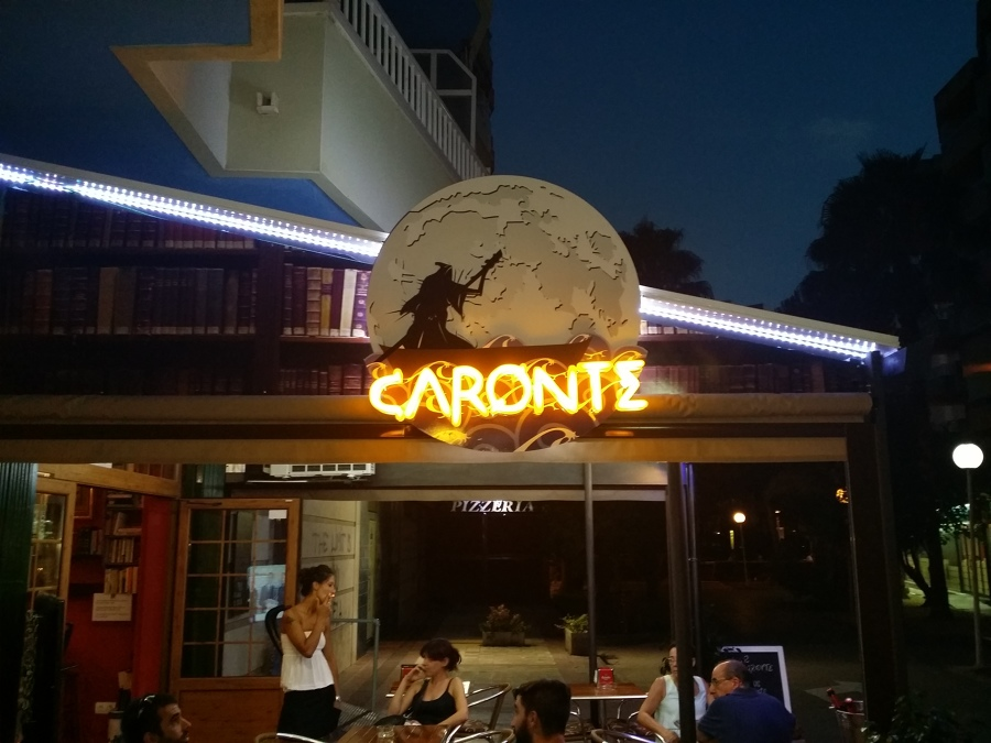 Rótulo Bar Caronte Salou