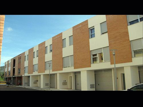 SAC3 arquitectes. 10 viviendas unifamiliares adosadas en L'Olleria.