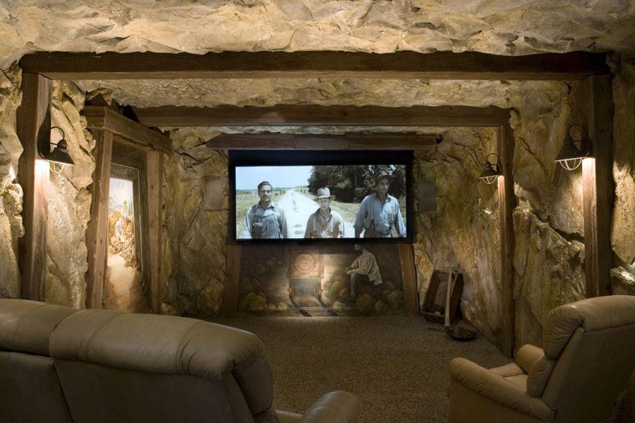 sala-de-cine-que-sinula-ser-una-mina_escalada-1024x682