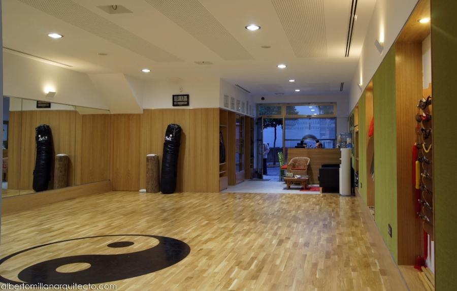 Sala mirando hacia la entrada.