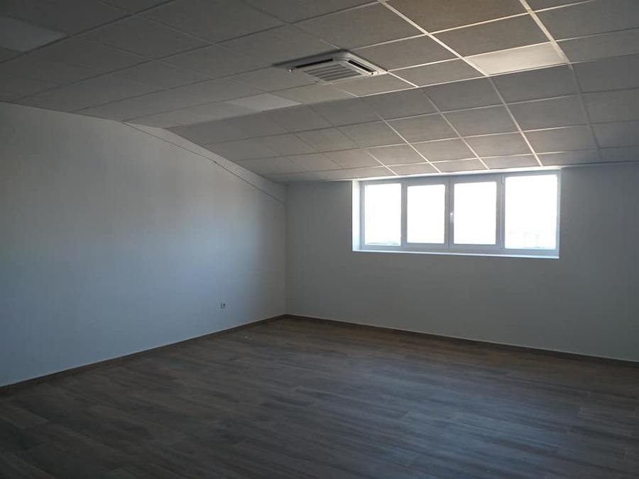 Sala reuniones equipada