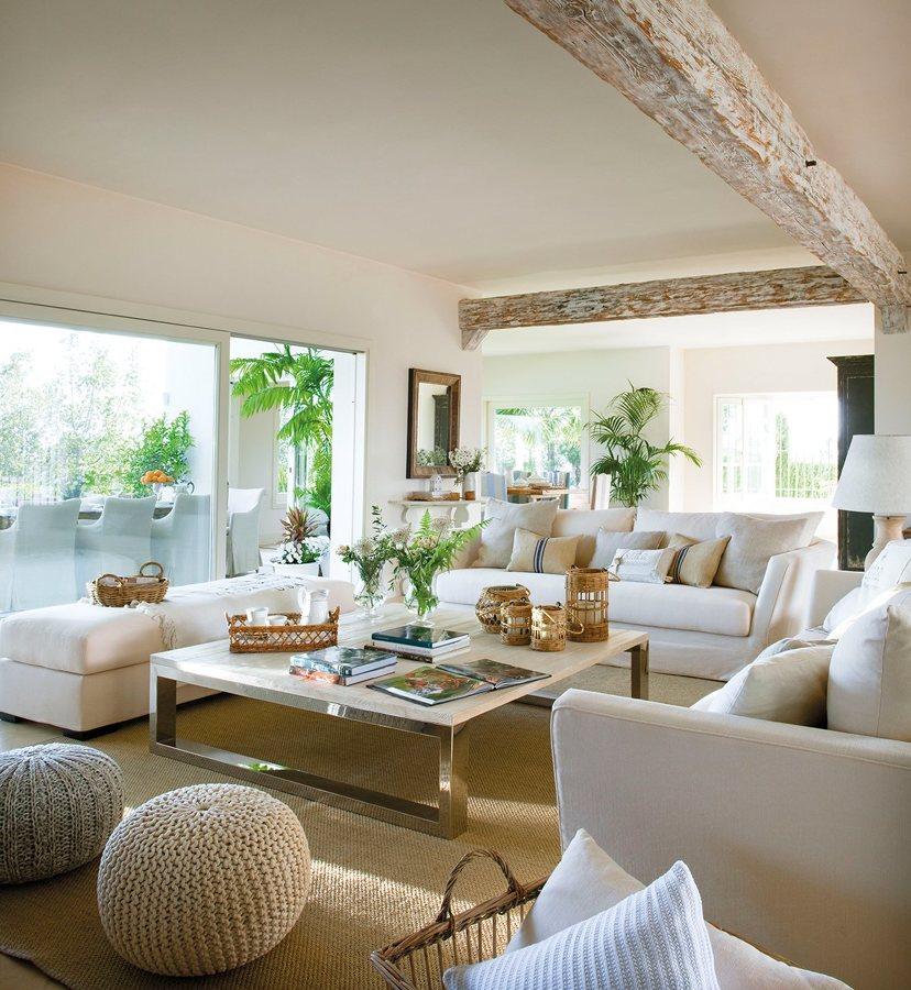 foto sal n cl sico en tonos beige de marta 1266850 habitissimo. Black Bedroom Furniture Sets. Home Design Ideas