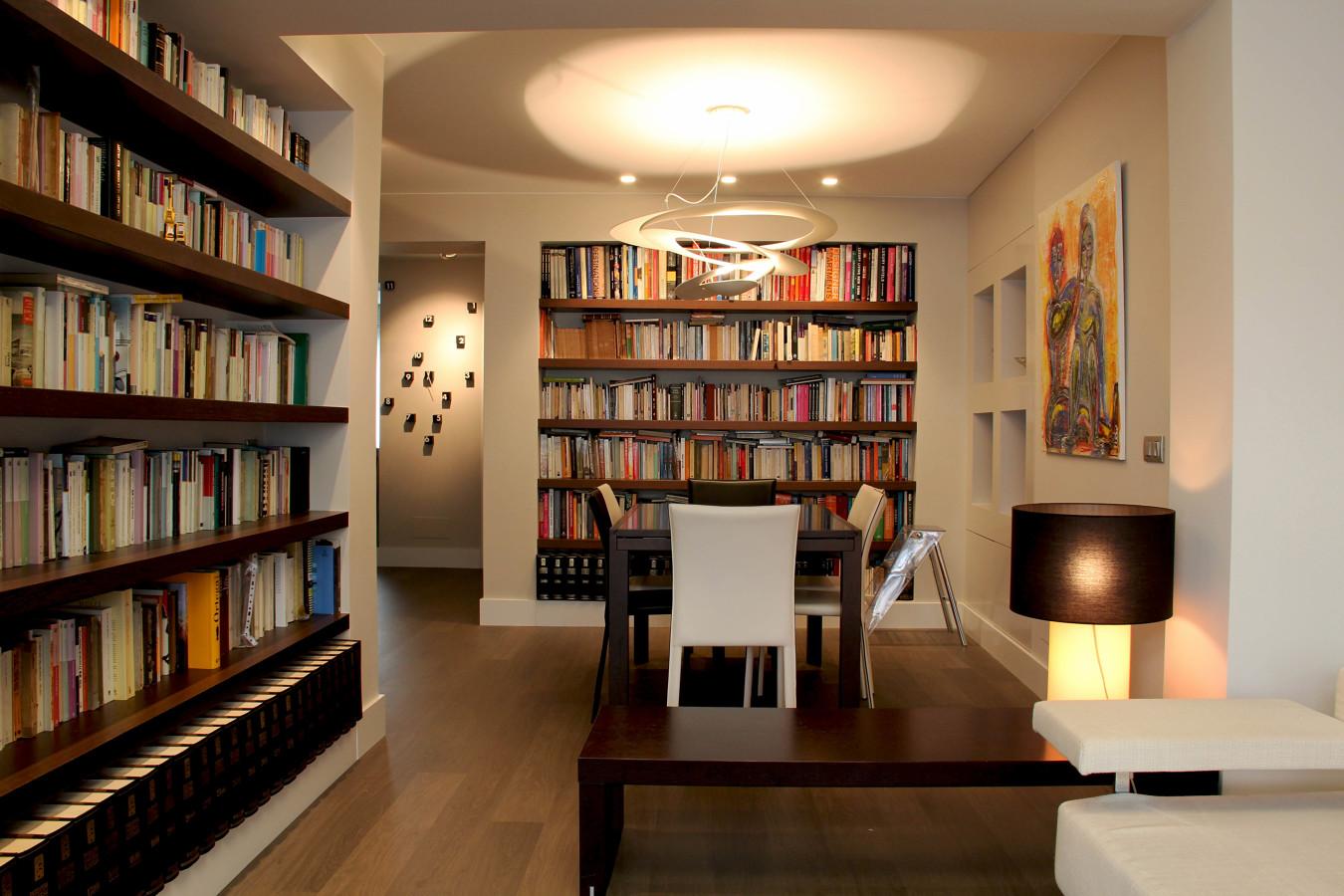 Foto sal n comedor biblioteca de 2m8 estudio 211175 - Salon comedor con estilo ...