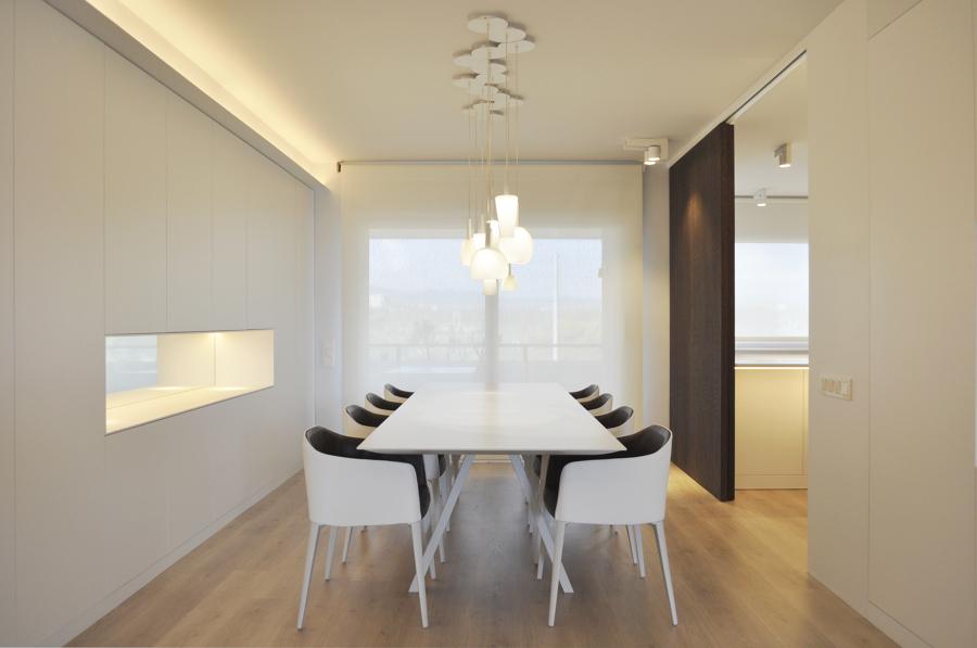 Foto salon comedor con mueble para la vajilla de rardo architects 1035453 habitissimo - Muebles para vajilla ...