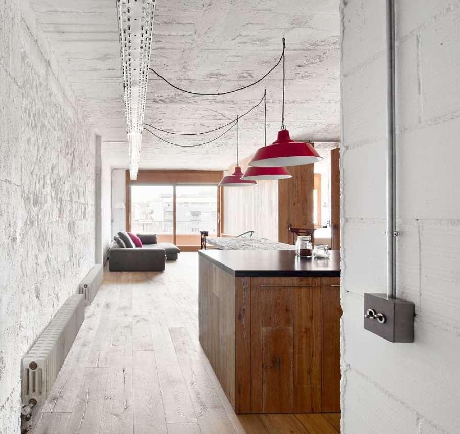 salón con acabados naturales tipo loft