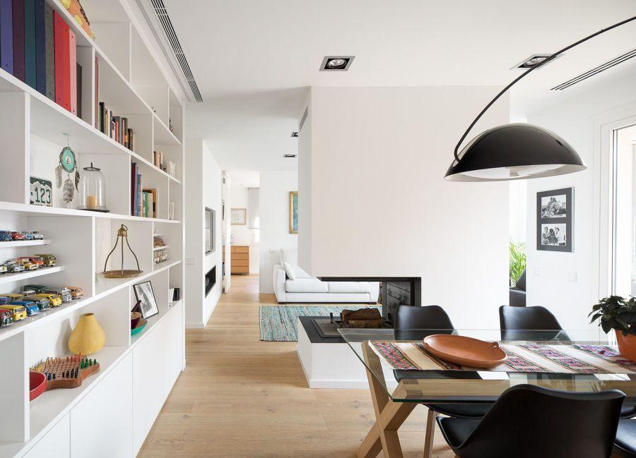 Salón con librería de pladur