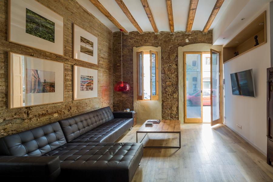 5 apartamentos donde triunfa el ladrillo visto ideas for Pisos y azulejos coprofesa