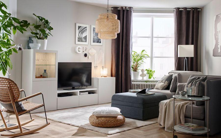 Salón con productos de IKEA
