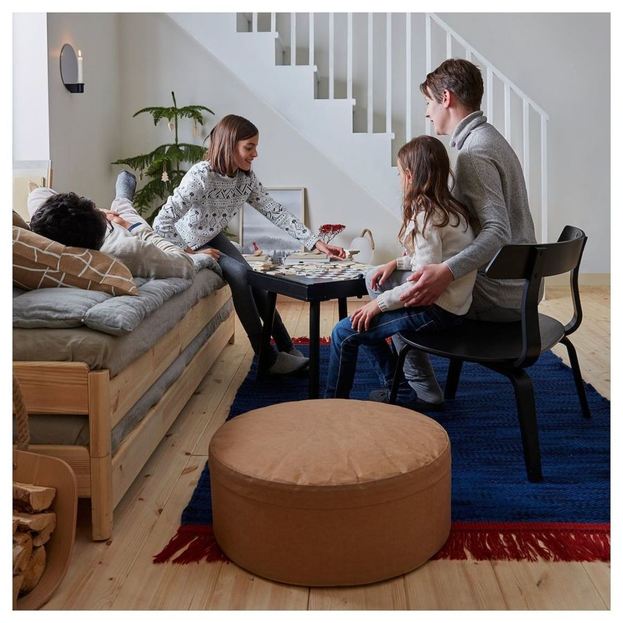 Salón con sillón VÄRMER IKEA 2019