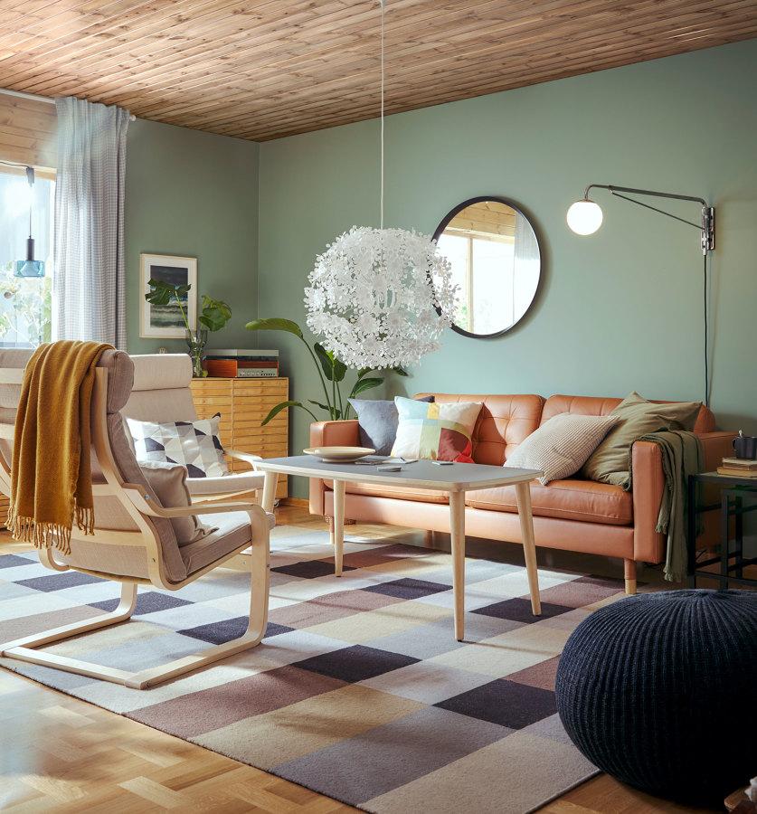 Salón con sofá piel nueva colección IKEA 21