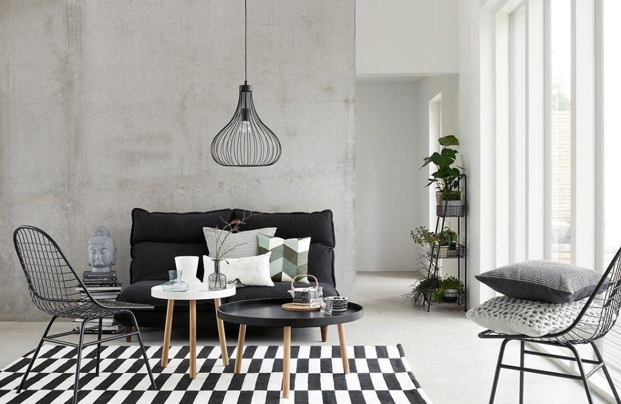 Salón con suelo blanco