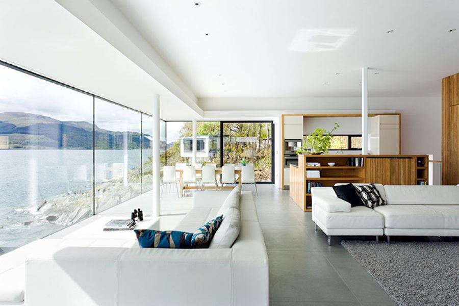 Foto salon con vistas en slow home de elenatorrente d az for Casa minimalista tarragona