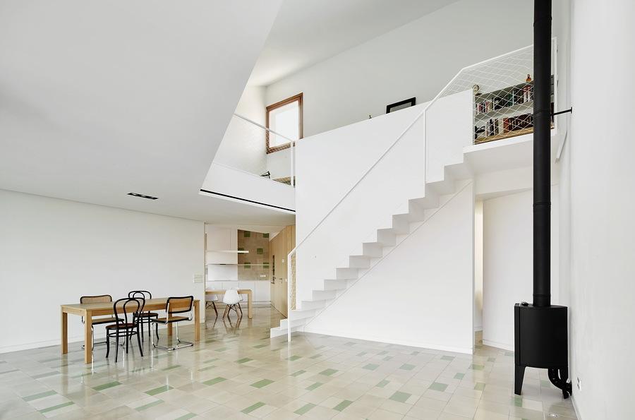 salón de doble altura