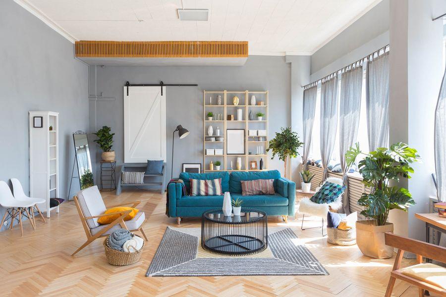 Salón de estilo rústico-urbano