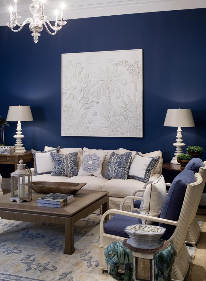 salón en azul y blanco