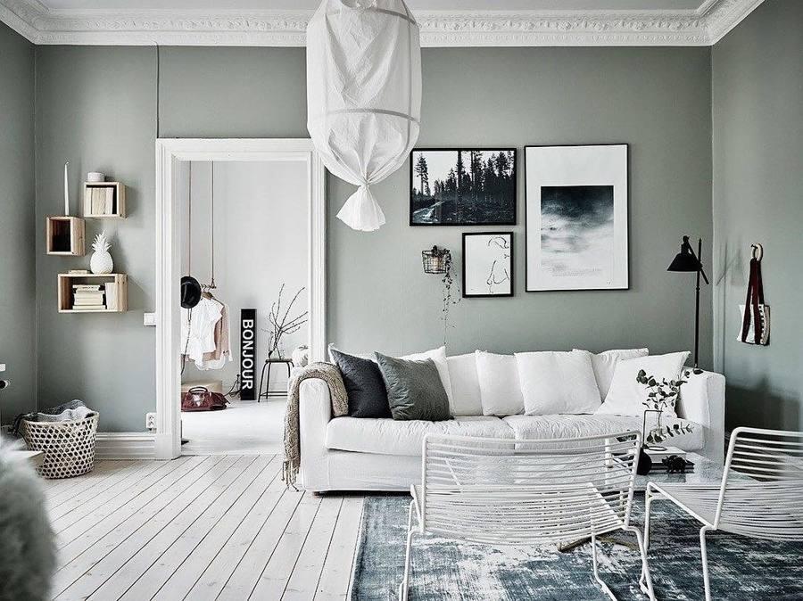 Salón en tono verde y blanco