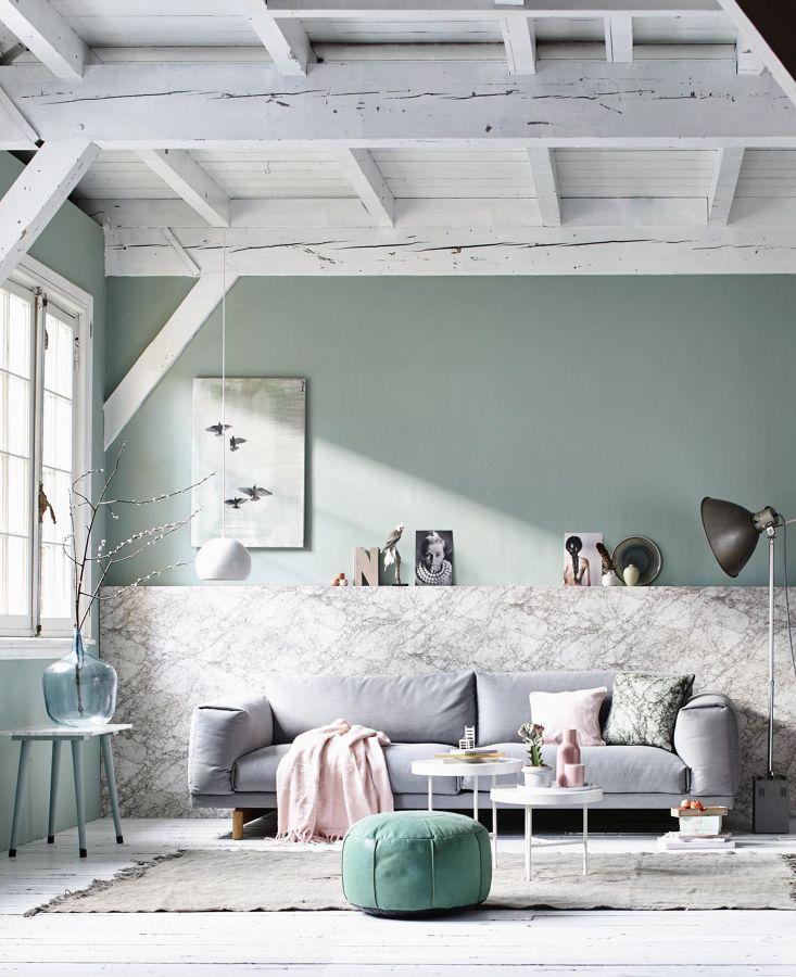 Salón en tonos verde y gris