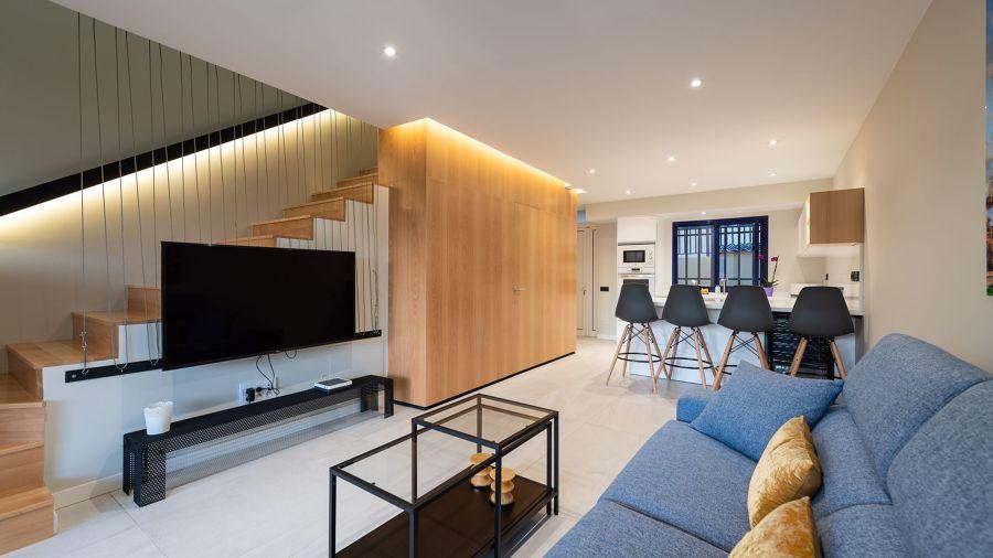 Salón minimalista y moderno