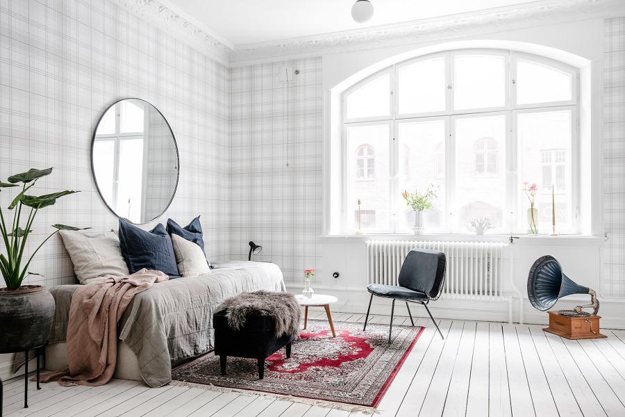Salón nórdico con textiles