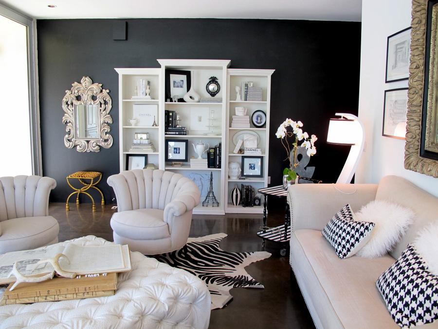 salón pared negra
