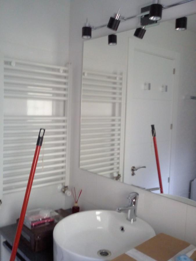 Sanitarios, espejos, toalleros