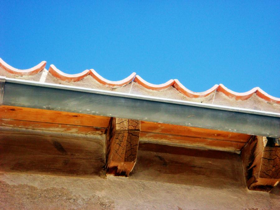 2012 reforma de aleros de garaje la lastrilla segovia for Tejados madera segovia