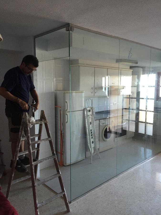 Separacion de cocina comedor con vidrio templado 10 mm en - Vidrio templado cocina ...
