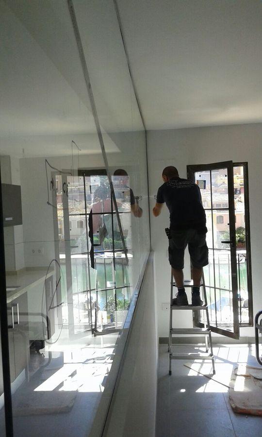 Separación de cocina comedor con vidrio templado 10 mm en valencia ...