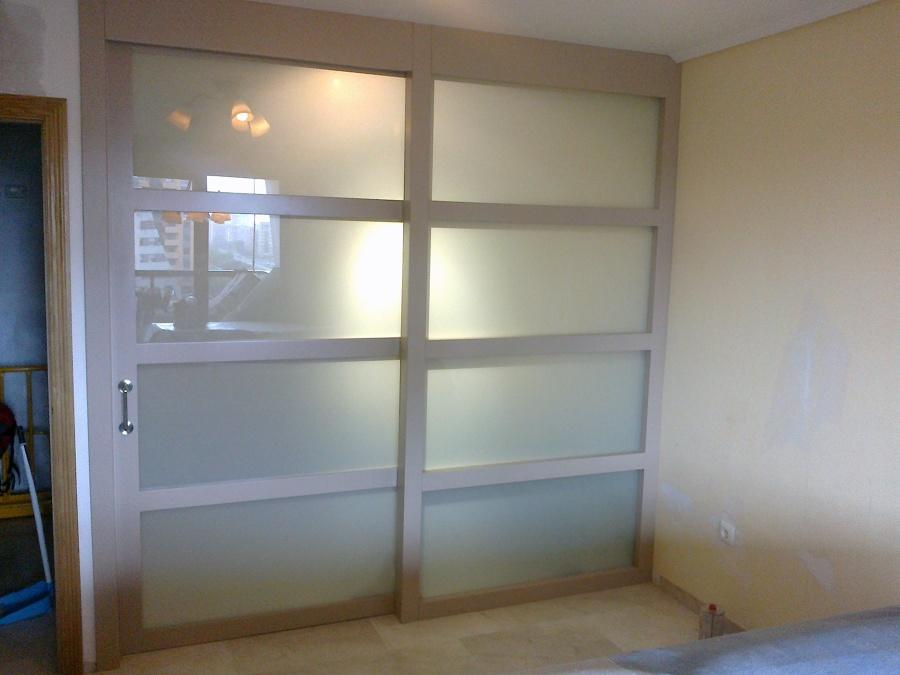 Foto separador de ambientes de la boutique del armario - Separador de ambientes ...