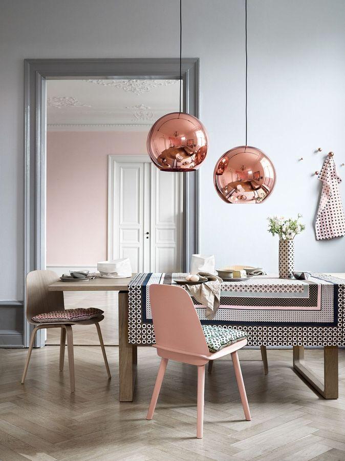 silla rosa pantone